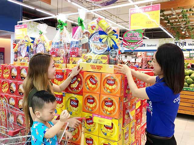 Siêu thị tăng lưu trữ hàng hóa 30% phục vụ Tết Tân Sửu 2021 - Ảnh 1.