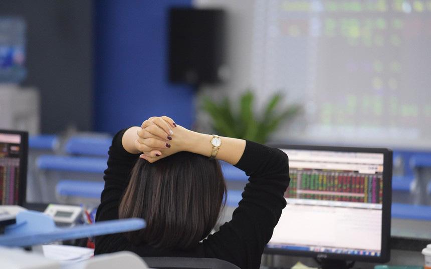 Thị trường chứng khoán 10/1: Có thể giải ngân