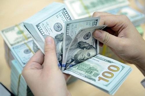 Tỷ giá ngoại tệ hôm nay 15/1 bất ngờ tăng vọt - Ảnh 1.