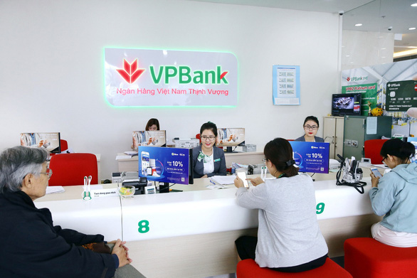 """VPBank lãi khủng nhưng nhân sự """"bốc hơi"""" 2.030 người - Ảnh 1."""