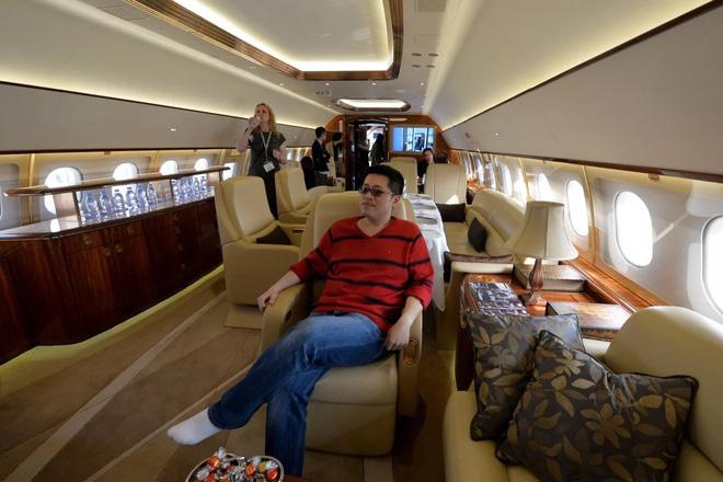 Nhà giàu Trung Quốc thắt chặt chi tiêu, thị trường máy bay tư lao dốc - Ảnh 1.