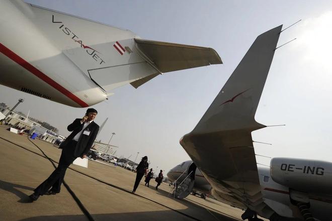 Nhà giàu Trung Quốc thắt chặt chi tiêu, thị trường máy bay tư lao dốc - Ảnh 2.