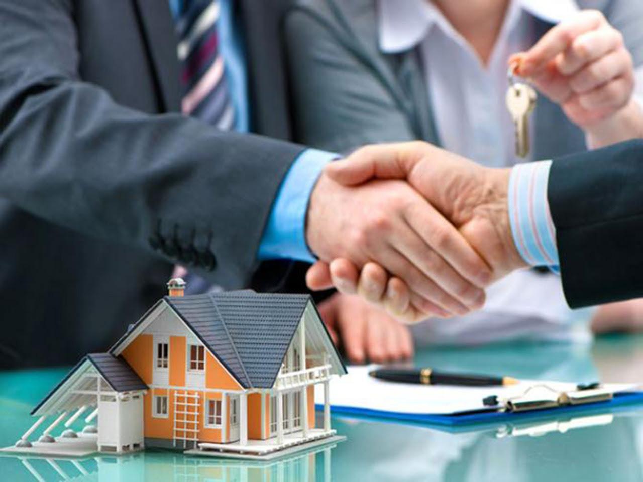"""Chuyển công an điều tra mua bán căn hộ """"giá chênh"""" - Ảnh 1."""