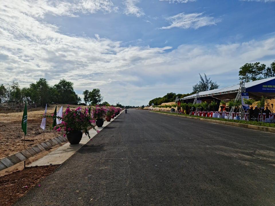 Quảng Nam: Thông xe kỹ thuật tuyến đường vào sân bay Chu Lai với vốn đầu tư 1.479 tỷ đồng - Ảnh 4.