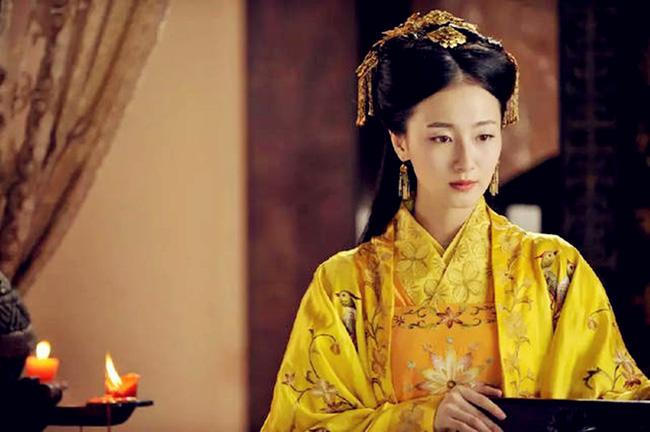 Nữ tù binh lịch sử Trung Hoa: Hoàng đế yêu từ cái nhìn đầu tiên, thị tẩm chỉ 1 lần đã mang thai Thái tử - Ảnh 2.