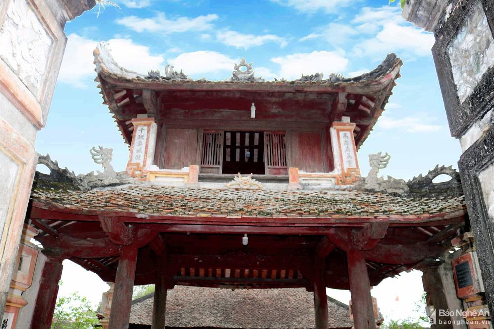 Kỳ bí về sự độc, lạ ngôi đền cổ hàng trăm năm tuổi ở Nghệ An - Ảnh 3.