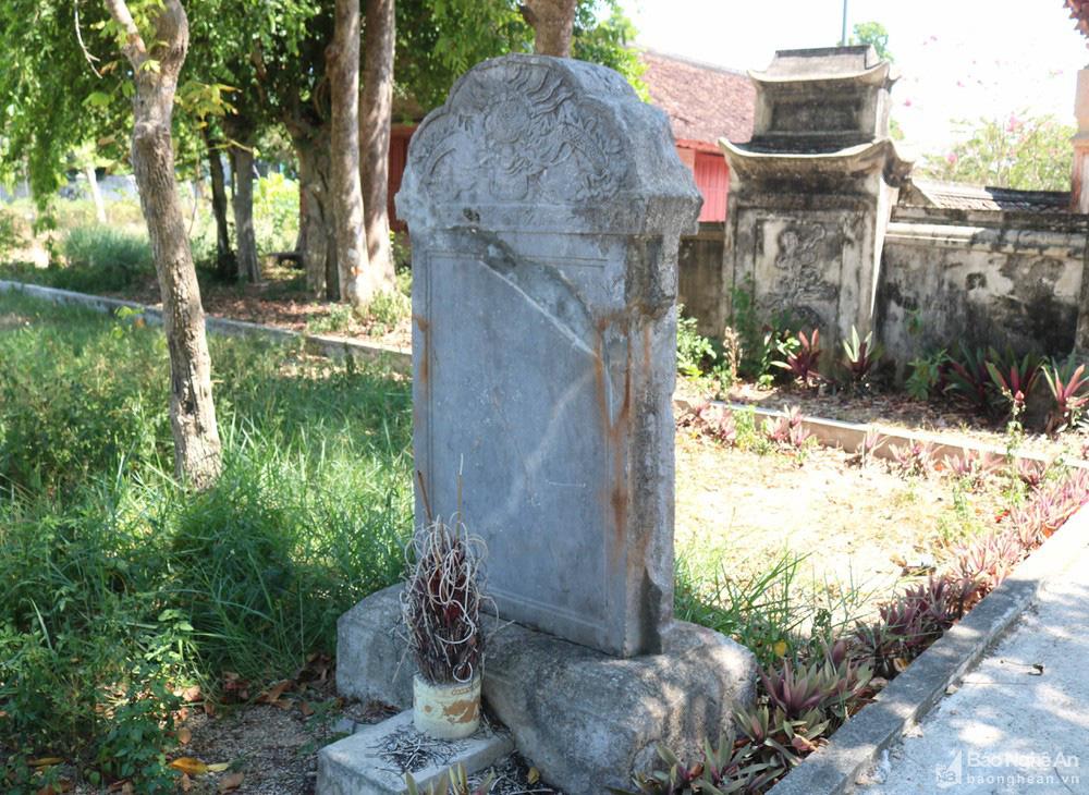 Kỳ bí về sự độc, lạ ngôi đền cổ hàng trăm năm tuổi ở Nghệ An - Ảnh 9.