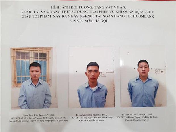 Làm ăn thua lỗ, thanh niên ở Quảng Ninh cướp ngân hàng Techcombank - Ảnh 1.