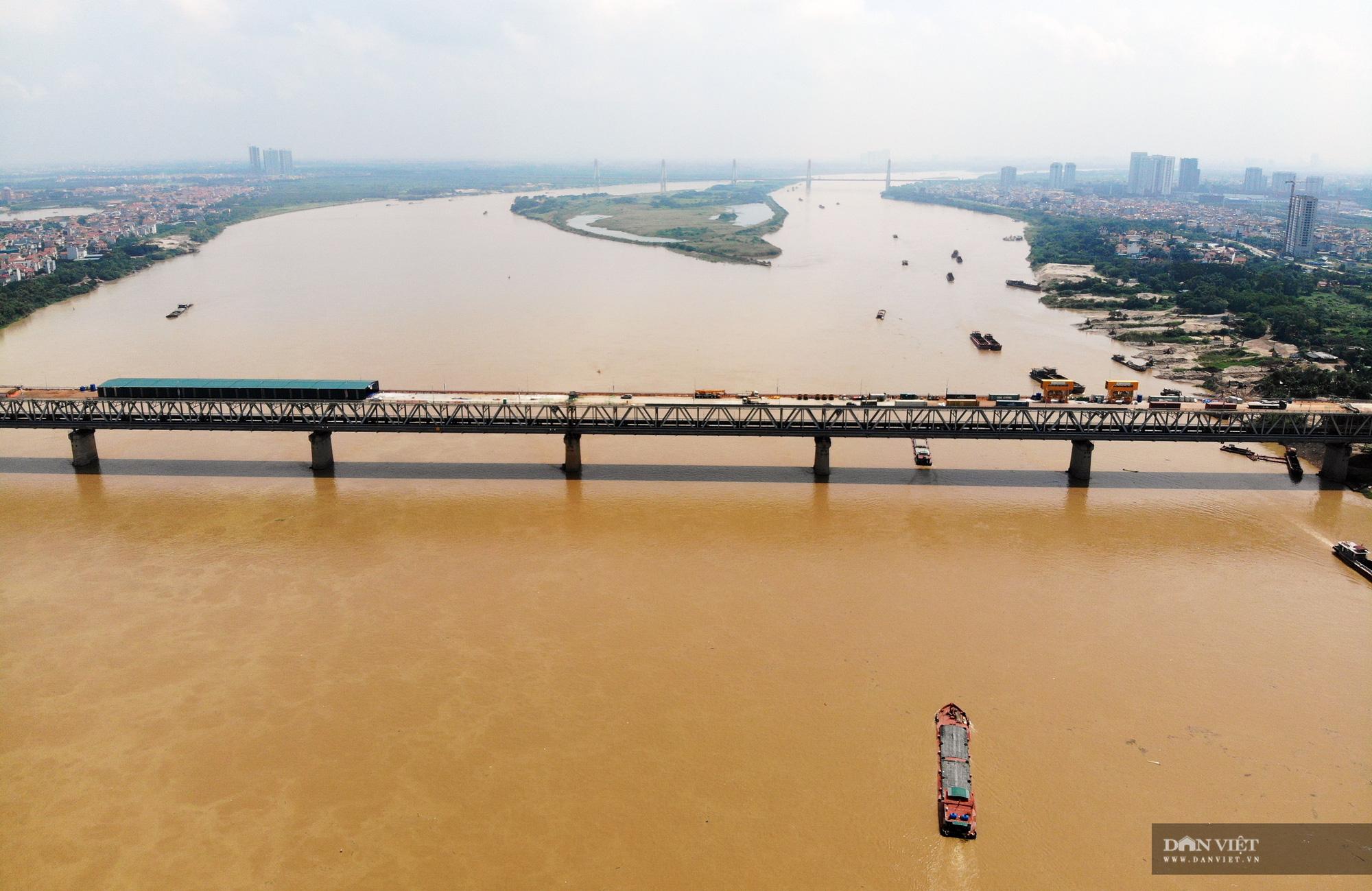 Emagazine: Ngày đêm hàn 1,5 triệu chiếc đinh lên mặt cầu Thăng Long - Ảnh 12.