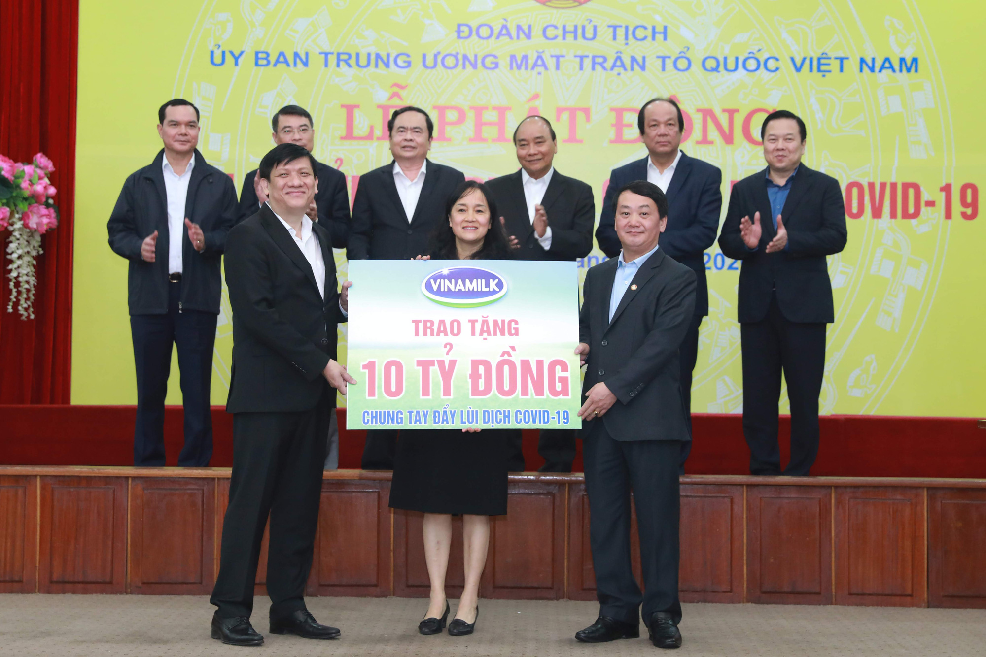 Vinamilk dẫn đầu top 10 thương hiệu mạnh nhất Việt Nam - Ảnh 1.