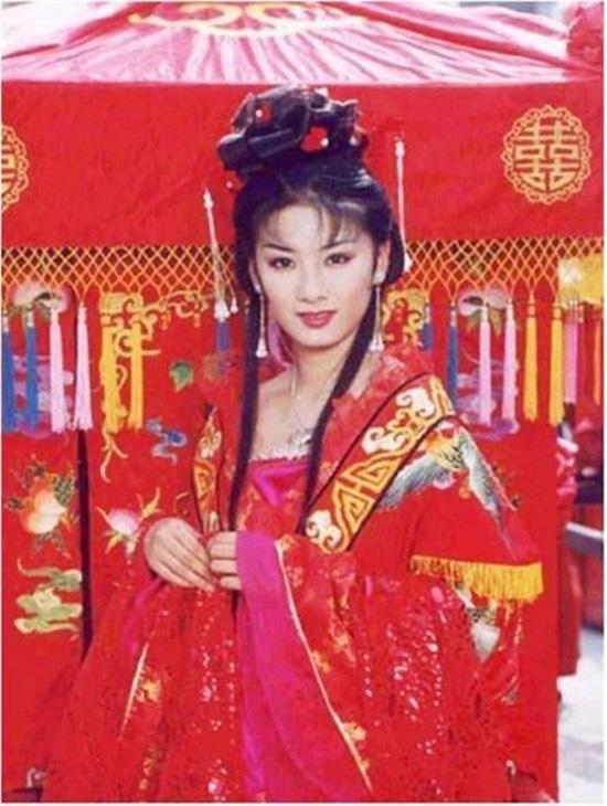 """Top 7 nữ thần Trung Quốc thuộc thế hệ 7x từng """"gây bão"""" màn ảnh nhỏ một thời - Ảnh 1."""