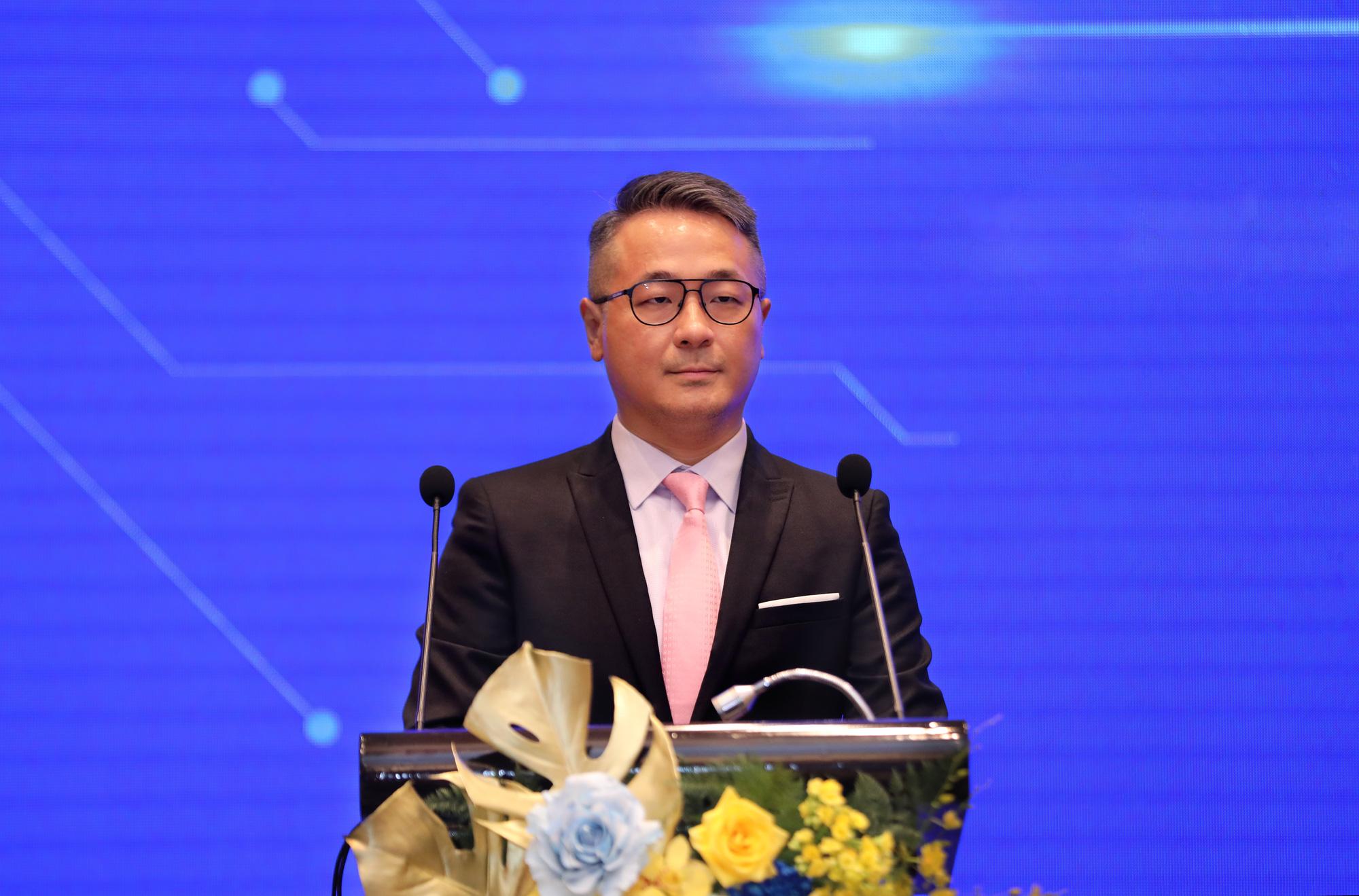 Chân dung quyền Tổng giám đốc người nước ngoài của SCB  - Ảnh 1.