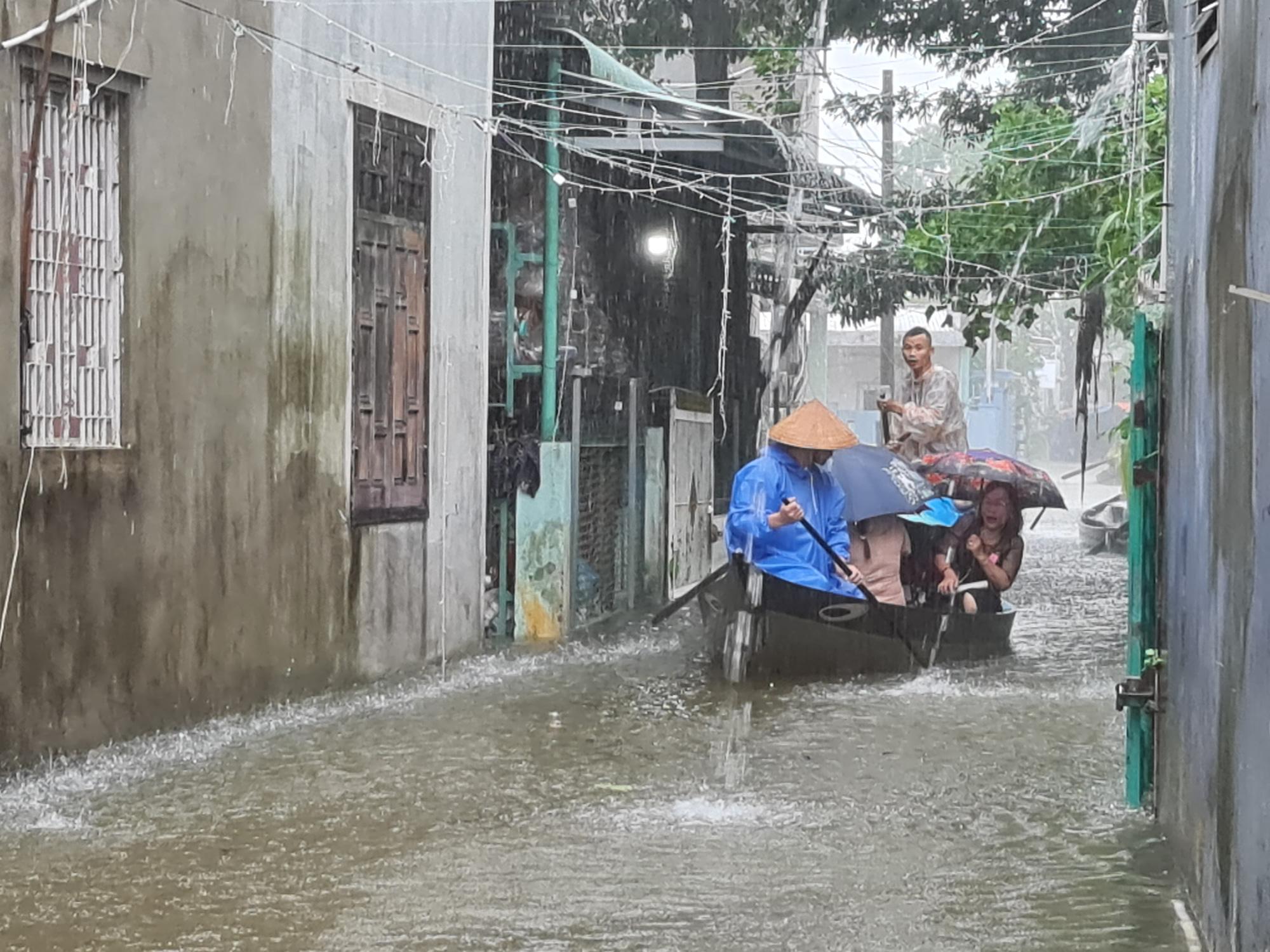 Quảng Nam: 6 người chết và mất tích do bão, lũ - Ảnh 2.