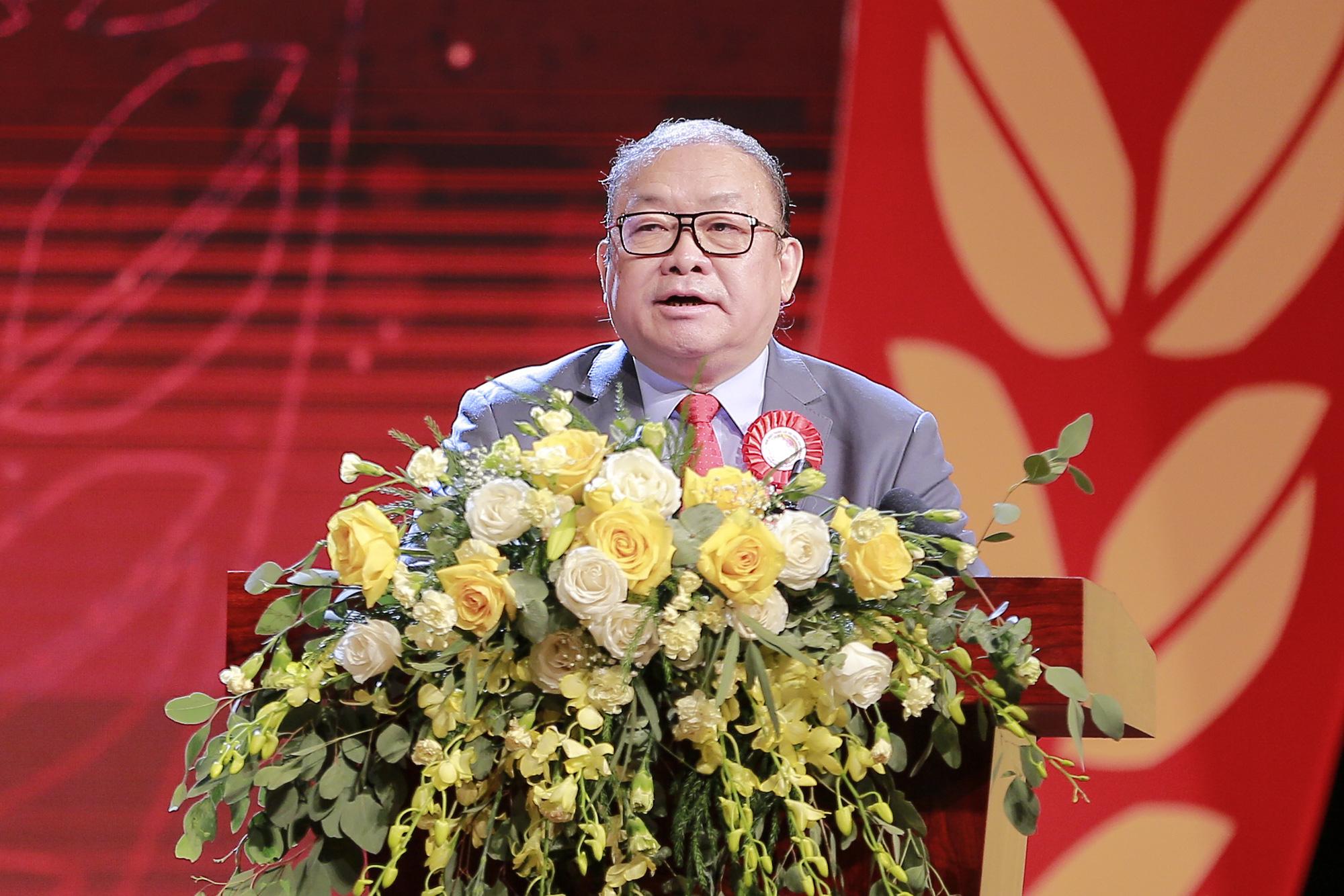 Lễ Kỷ niệm 90 năm Ngày thành lập Hội Nông dân Việt Nam: Hội Nông dân Việt Nam nhận Huân chương Hồ Chí Minh - Ảnh 2.