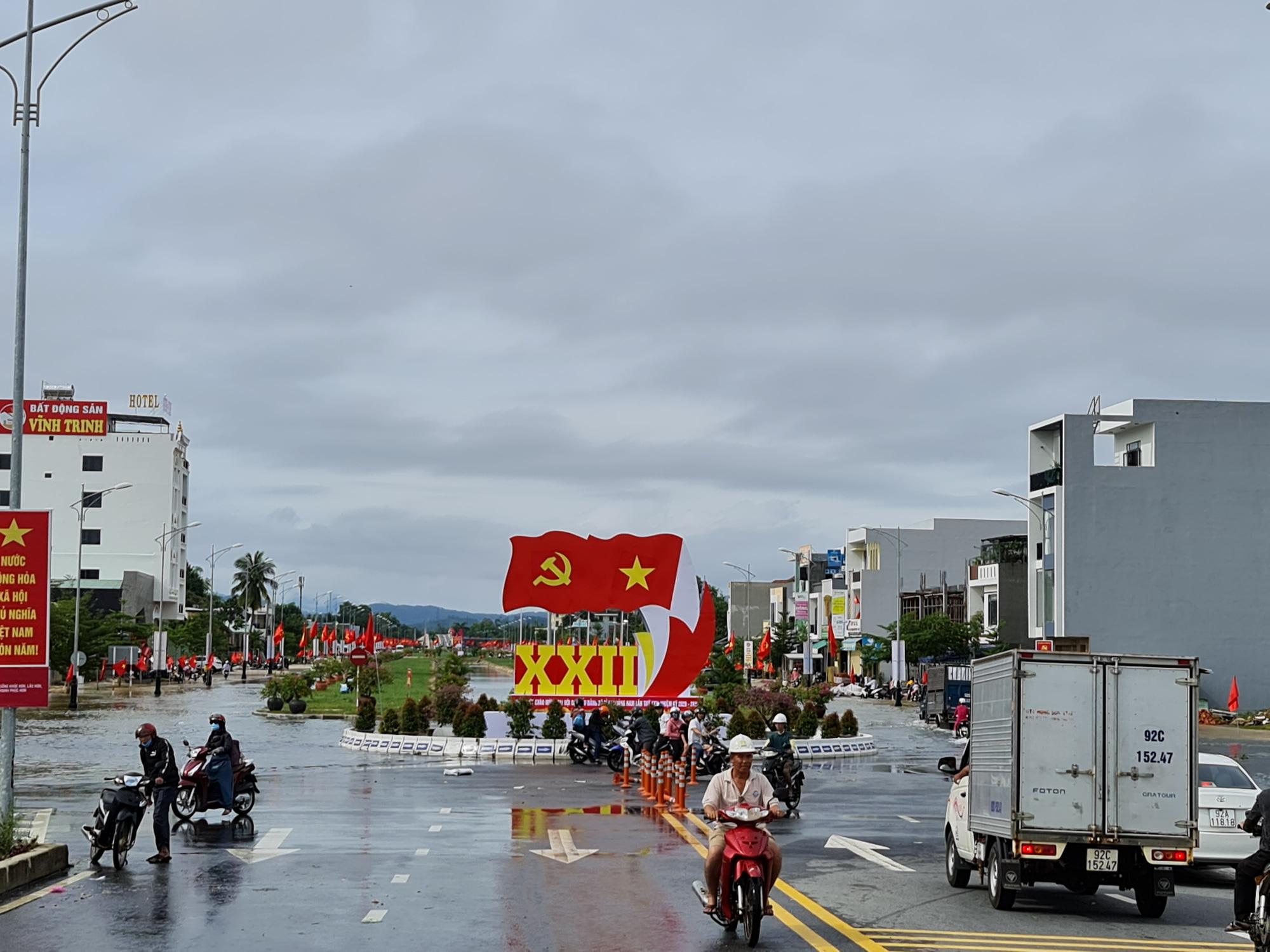 Đại hội đại biểu lần thứ XXII tỉnh Quảng Nam: Phấn đấu năm 2025 thu nhập bình quân đầu người 70 triệu đồng - Ảnh 4.