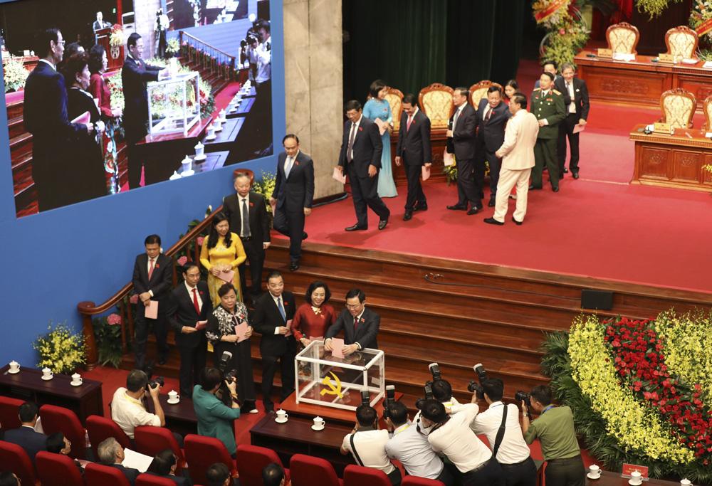 Hà Nội: Giới thiệu 80 người để bầu Ban Chấp hành Đảng bộ TP  khóa XVII - Ảnh 3.