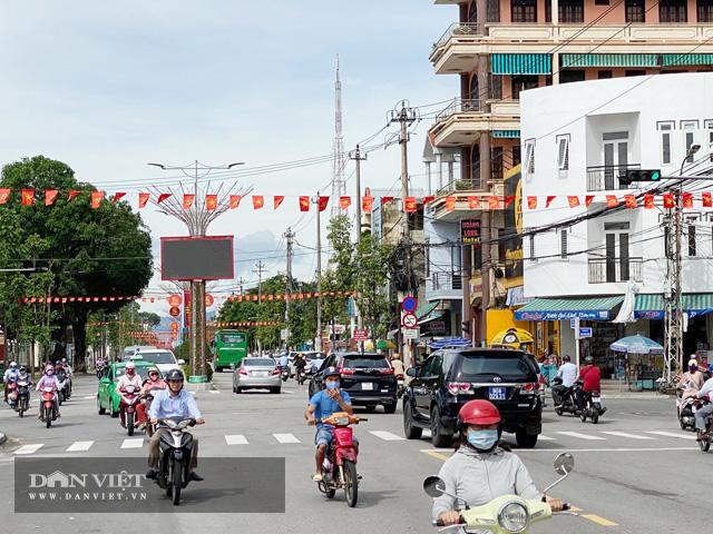 Quảng Ngãi: Không nhận hoa chúc mừng Đại hội Đảng bộ tỉnh  - Ảnh 3.