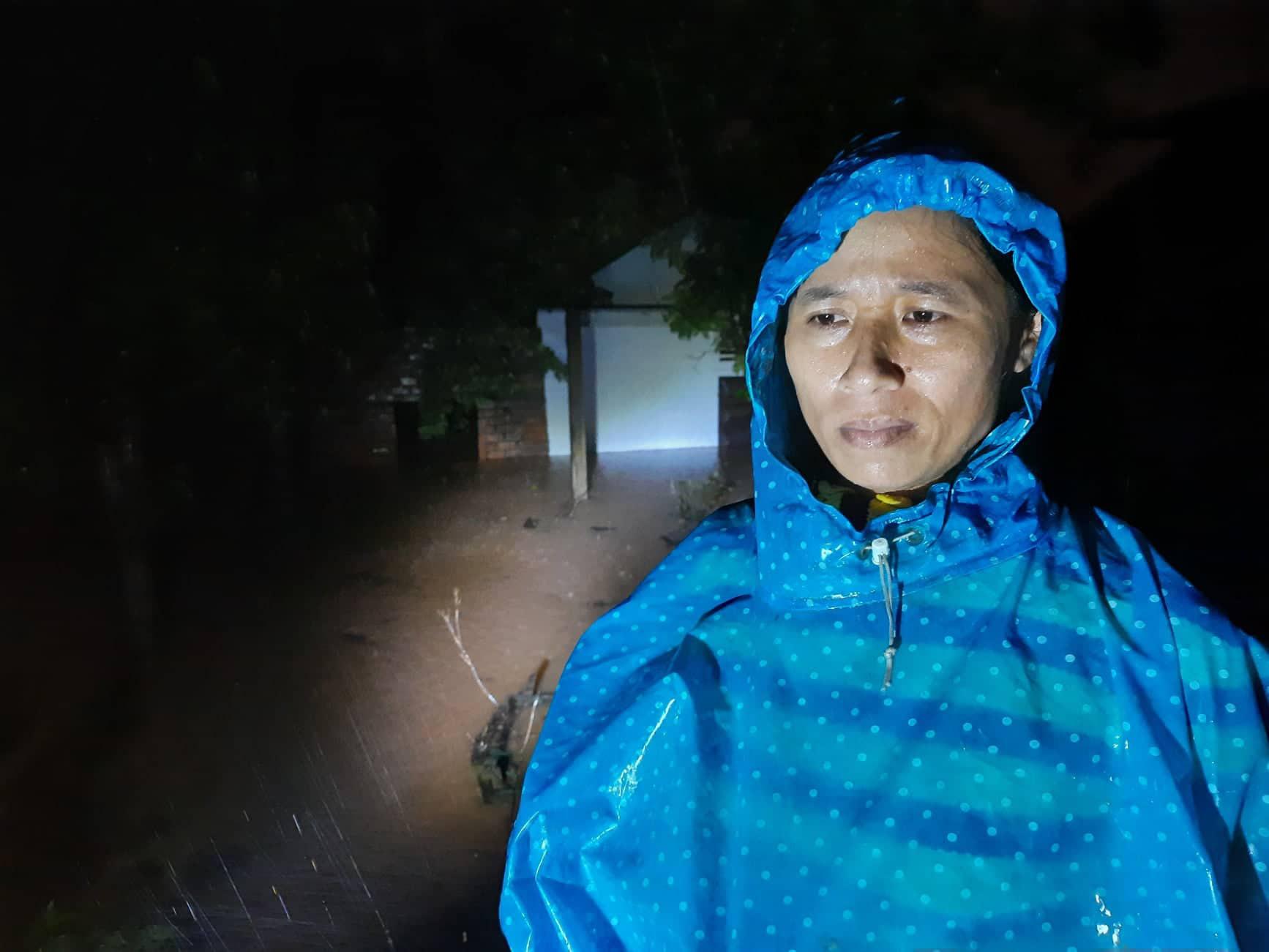 Quảng Trị: Người dân chạy lũ trong đêm, mong có cái ăn qua ngày - Ảnh 2.