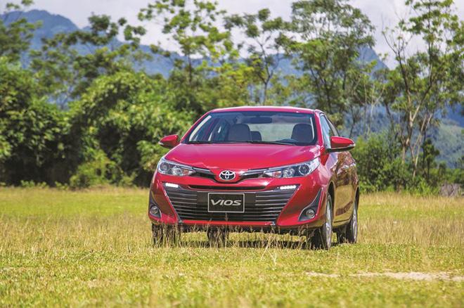 Toyota Vios vẫn bán chạy nhất, ưu đãi ra sao trong tháng 10? - Ảnh 1.