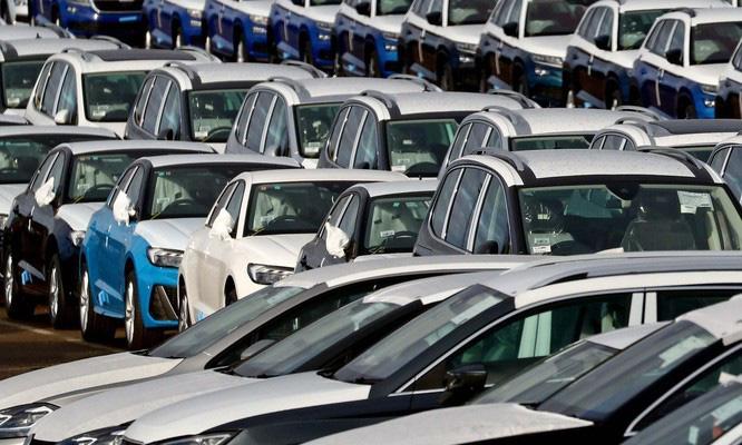 Ô tô đắt gấp 2-3 lần thế giới, 7 năm không ăn tiêu đủ mua xe 400 triệu - Ảnh 1.
