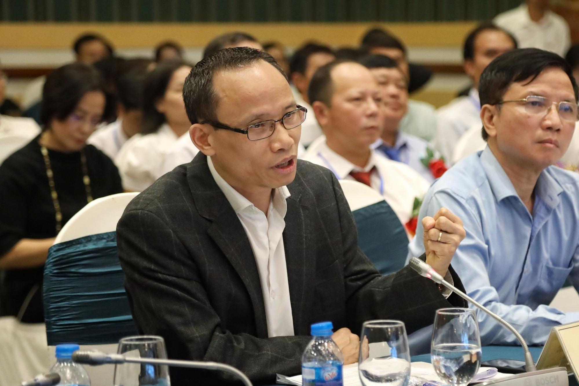 TS Cấn Văn Lực: Có tới 500 nghìn tỷ đồng giải ngân cho tam nông mỗi năm - Ảnh 1.