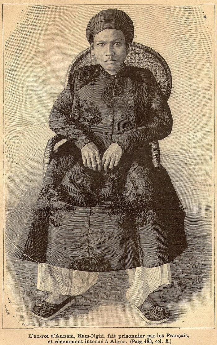 Vị vua Việt yêu nước bị đày ở Algerie, tập vẽ trở thành nhà hội họa - Ảnh 1.