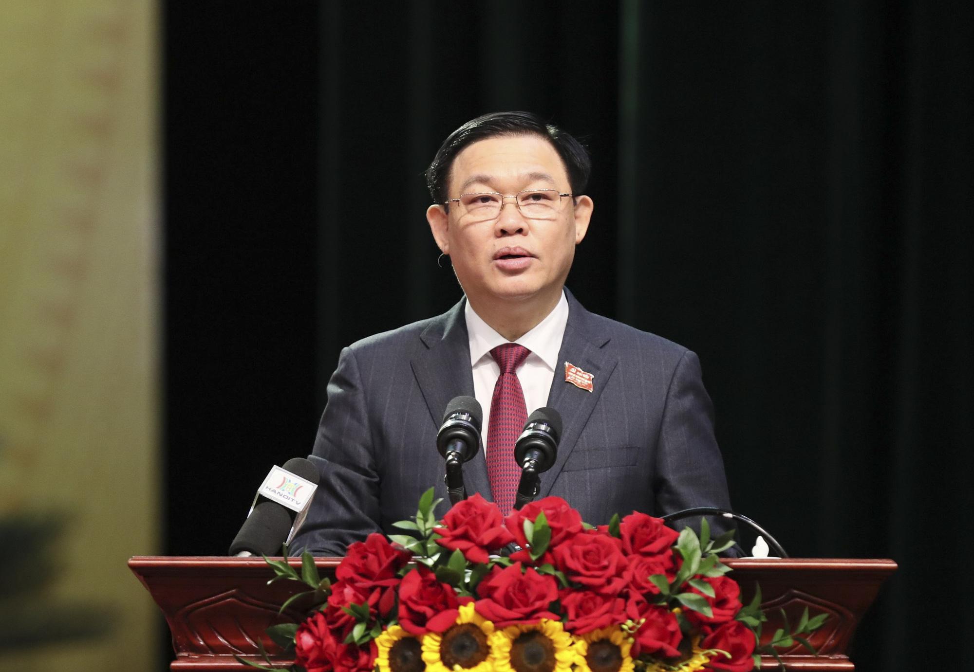 Bí thư Hà Nội Vương Đình Huệ: Phải bắt tay ngay vào, đổi mới, dám nghĩ, dám làm, dám chịu trách nhiệm - Ảnh 1.