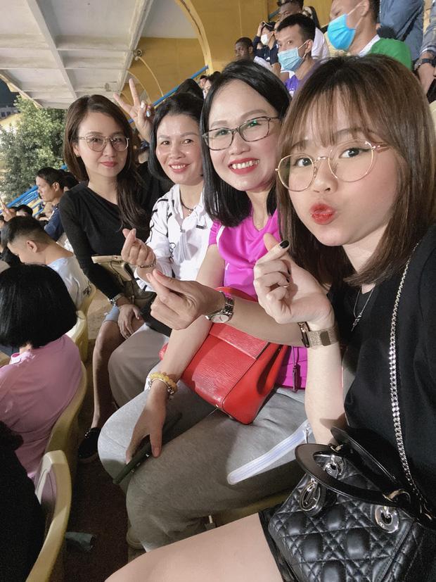 Huỳnh Anh có động thái bất ngờ về chuyện tình cảm với Quang Hải - Ảnh 4.
