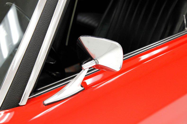 Chevrolet Chevelle 1971 này đã mất 30 năm để khôi phục, sáng lóa như kim cương - Ảnh 5.