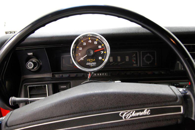 Chevrolet Chevelle 1971 này đã mất 30 năm để khôi phục, sáng lóa như kim cương - Ảnh 6.