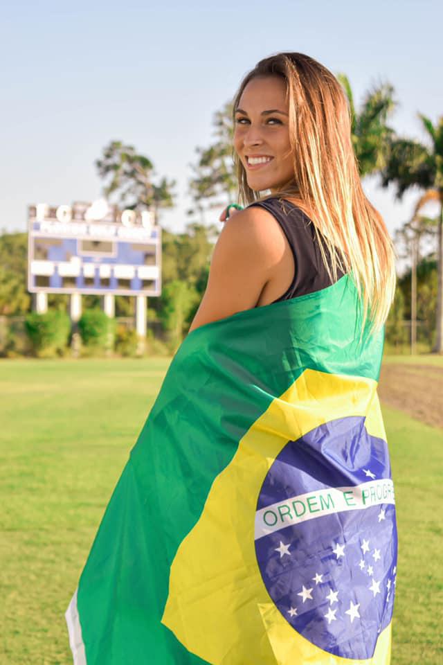 Nữ tuyển thủ Brazil sở hữu nhan sắc như người mẫu - Ảnh 3.