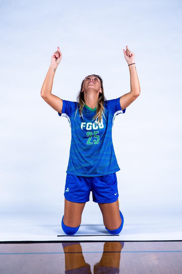 Nữ tuyển thủ Brazil sở hữu nhan sắc như người mẫu - Ảnh 5.