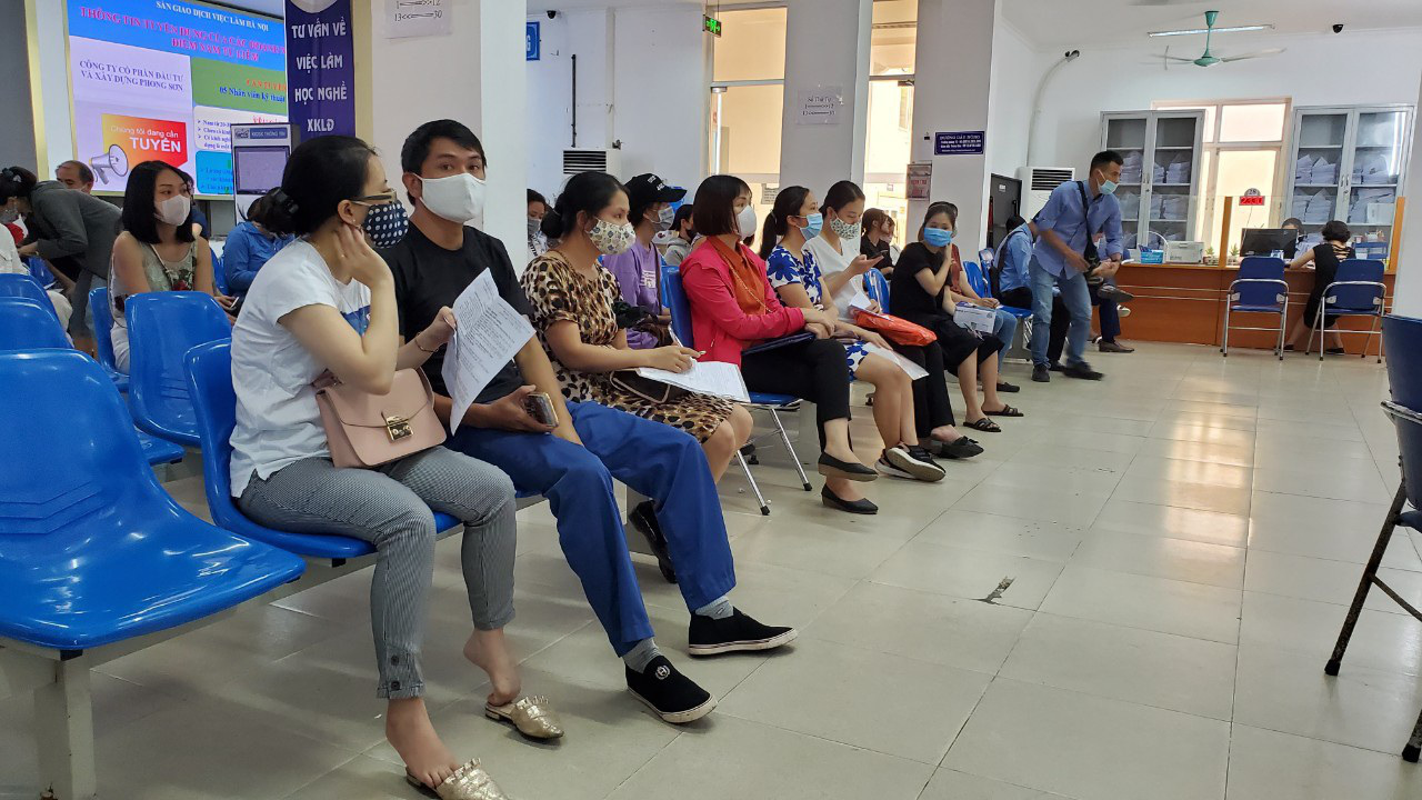 Hà Nội: Hơn 127 tỷ đồng trợ cấp thất nghiệp đã đến với người lao động - Ảnh 2.