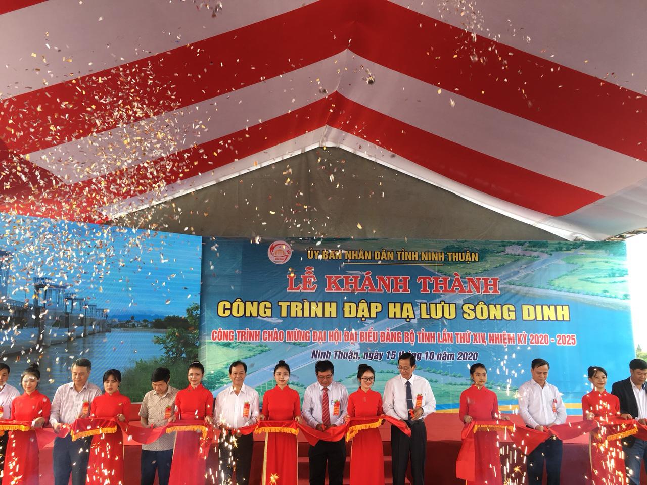 Khánh thành công trình đập hạ lưu Sông Dinh với tổng vốn gần 700 tỷ đồng - Ảnh 1.