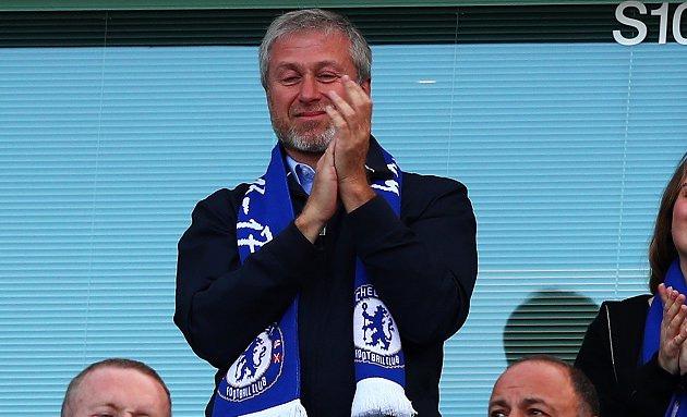 Chủ tịch Chelsea từng sẵn sàng chi đậm để ký với Messi