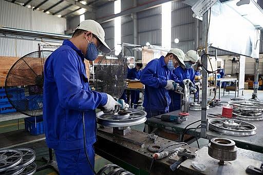 Doanh nghiệp sản xuất sản phẩm công nghiệp hỗ trợ được đề xuất giảm thuế - Ảnh 1.