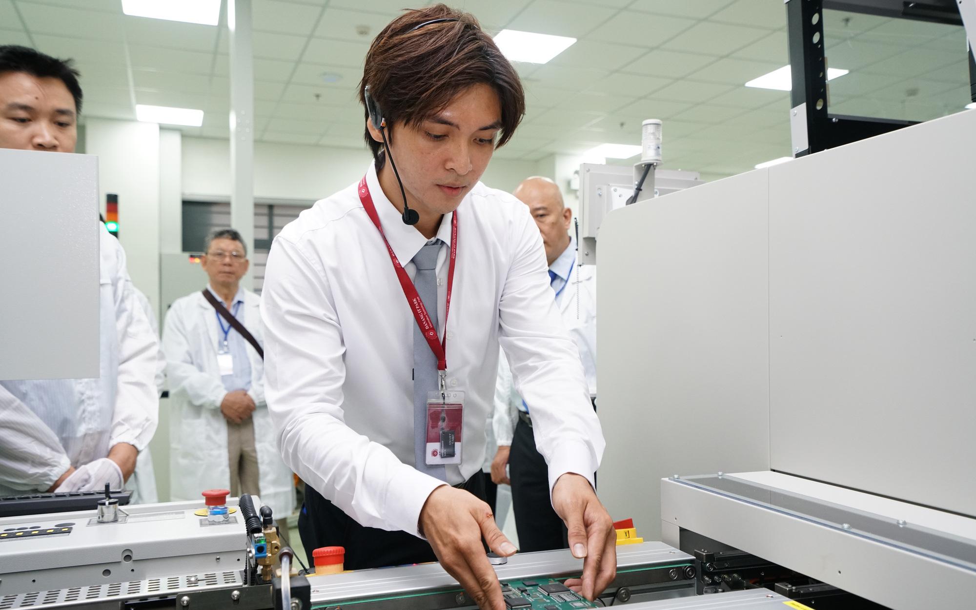"""Đà Nẵng có trung tâm Nghiên cứu sản xuất, lắp ráp thiết bị điện tử công nghệ cao """"Made in Việt Nam"""""""