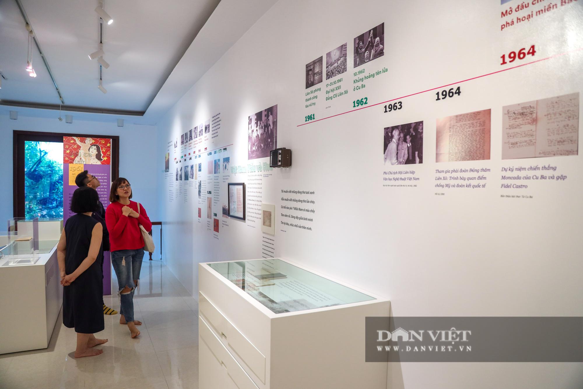 """Chiêm ngưỡng """"bảo tàng thơ"""" Tố Hữu mới xuất hiện tại Hà Nội - Ảnh 2."""