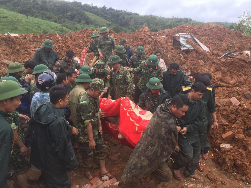 Danh tính 3 thi thể cán bộ, chiến sĩ sư đoàn 337 bị đất sạt lở vùi lấp ở Quảng Trị - Ảnh 2.