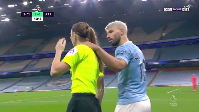 Man City thắng Arsenal, HLV Guardiola ra sức bảo vệ Aguero - Ảnh 2.