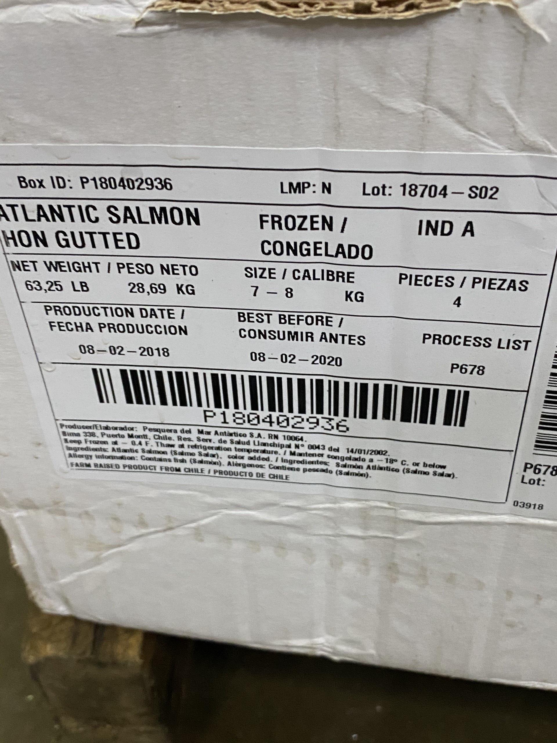 """Phát hiện 2,5 tấn cá hồi hết hạn sử dụng sắp """"tuồn"""" ra thị trường - Ảnh 5."""