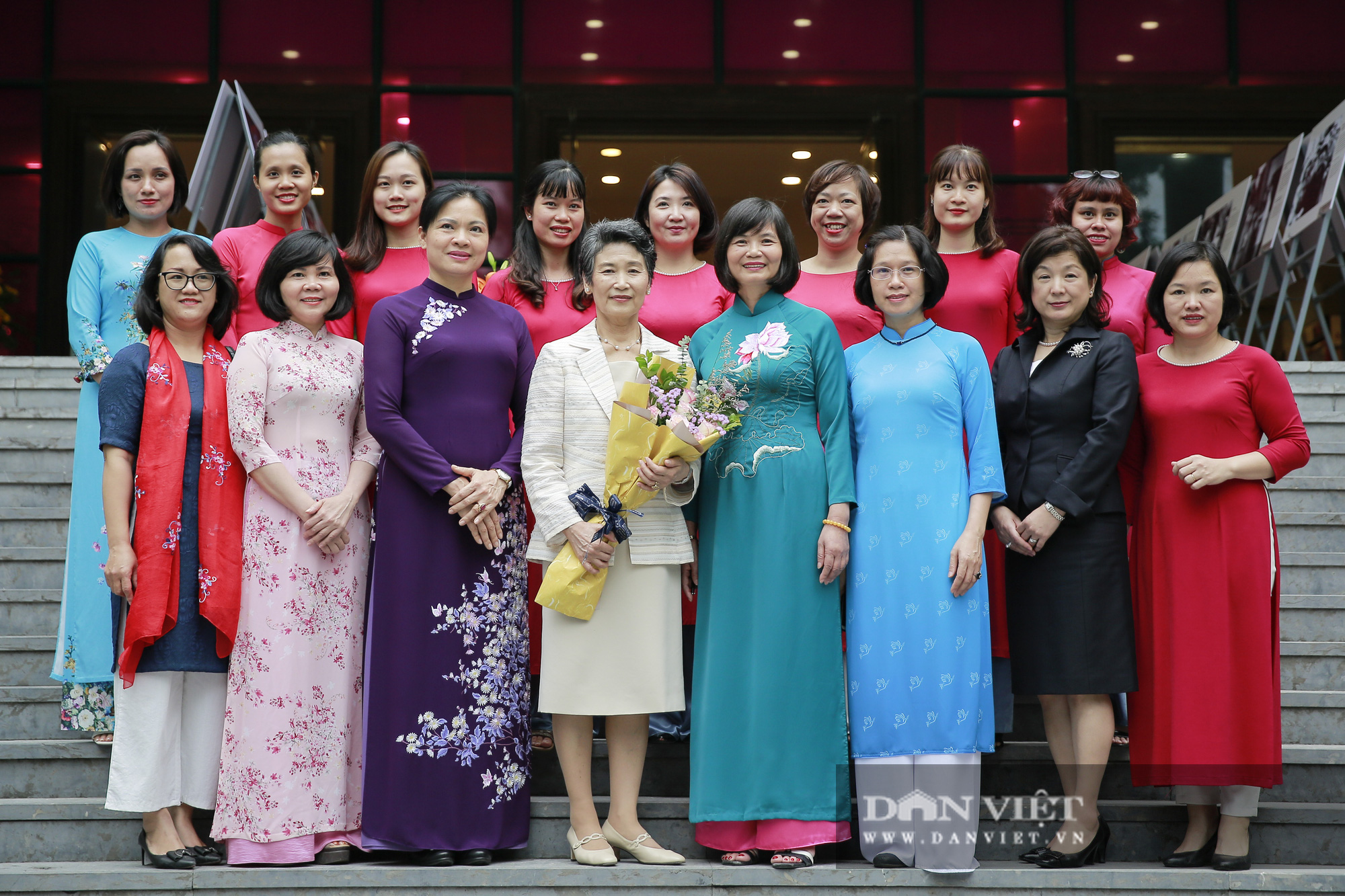 Phu nhân Thủ tướng Nhật Bản tham quan bảo tàng Phụ nữ Việt Nam - Ảnh 5.