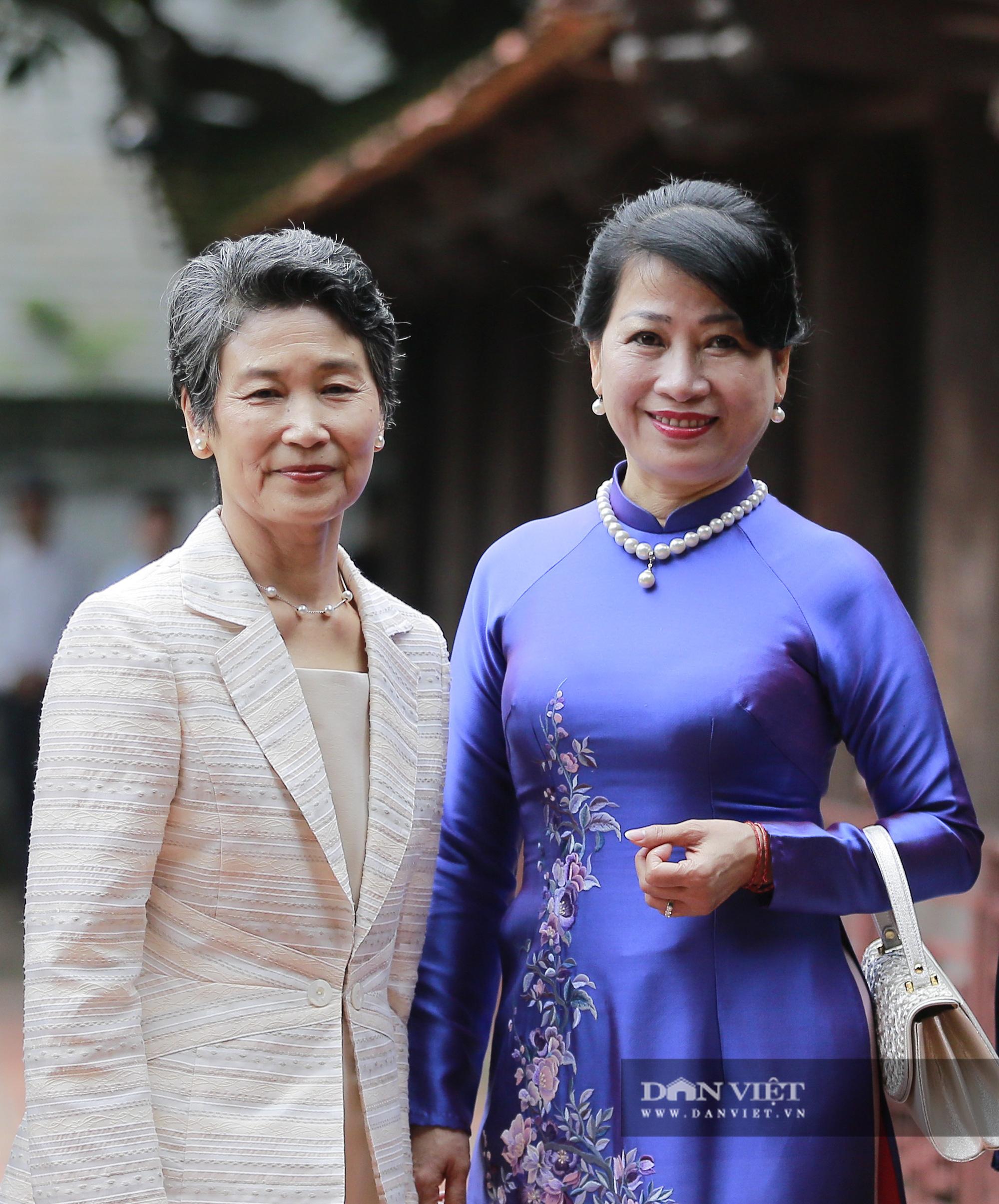 Phu nhân Thủ tướng Nhật Bản tham quan bảo tàng Phụ nữ Việt Nam - Ảnh 8.