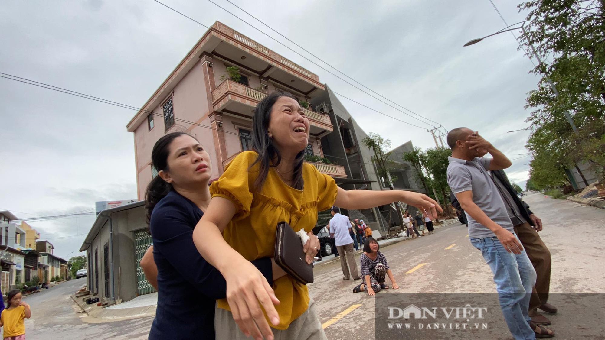 Bộ Quốc phòng thăng 1 cấp quân hàm cho 22 quân nhân bị lở đất ở Quảng Trị, đề nghị công nhận liệt sĩ - Ảnh 2.