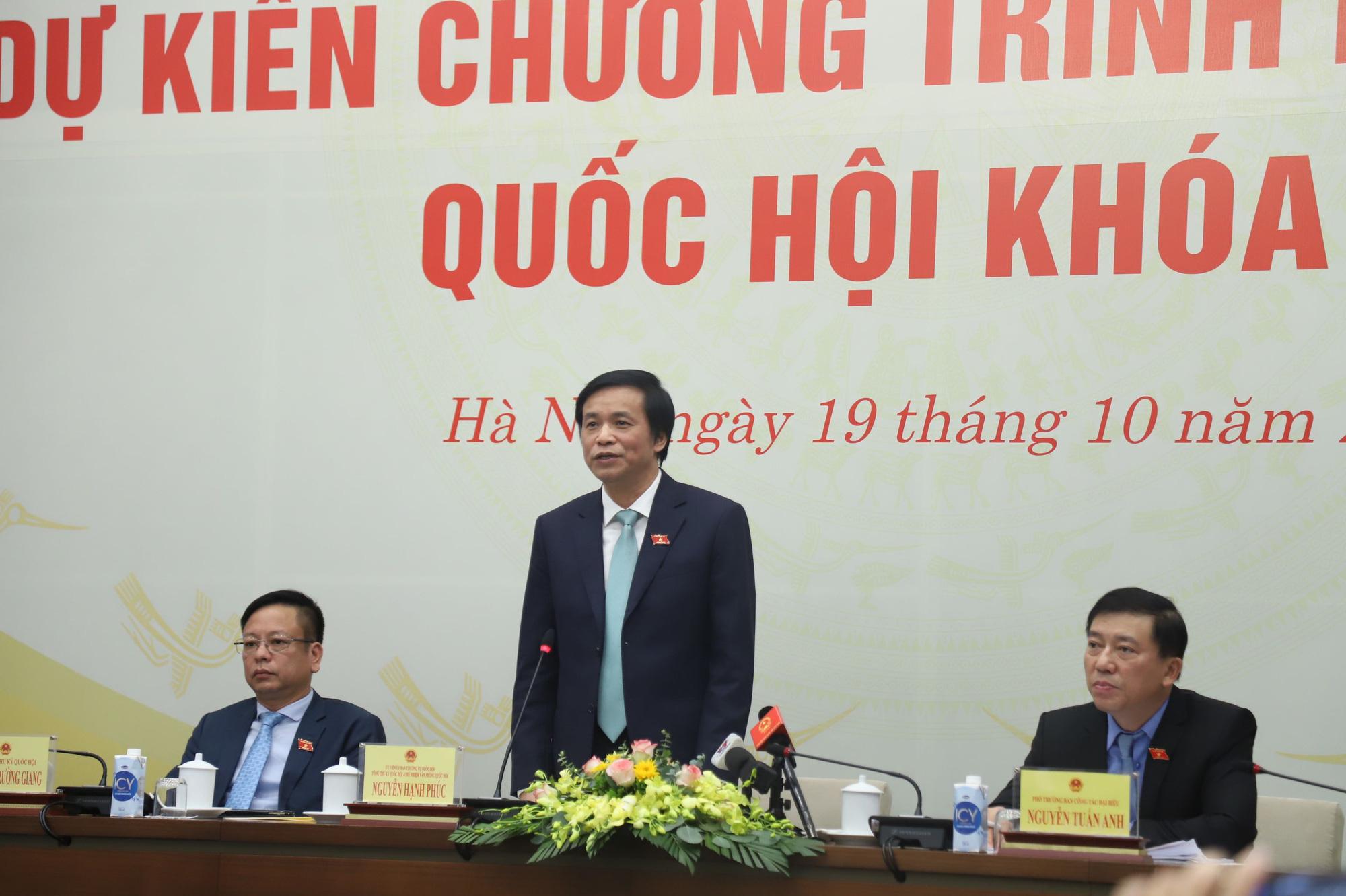 Không so sánh hình ảnh Thiếu tướng, ĐBQH hy sinh ở Rào Trăng 3 với việc bãi nhiệm ĐBQH Phạm Phú Quốc - Ảnh 1.