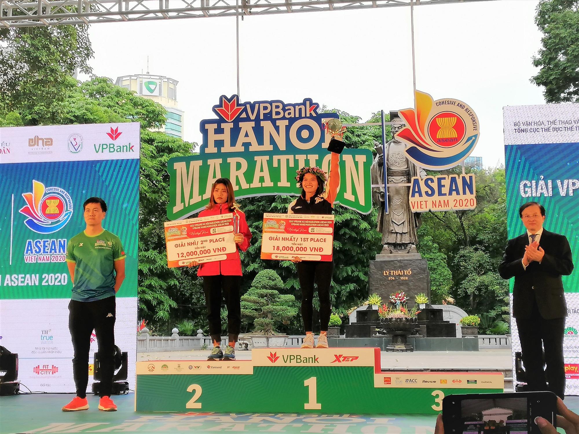 Hàng loạt thành tích ấn tượng tại VPBank Hanoi Marathon ASEAN 2020 - Ảnh 2.