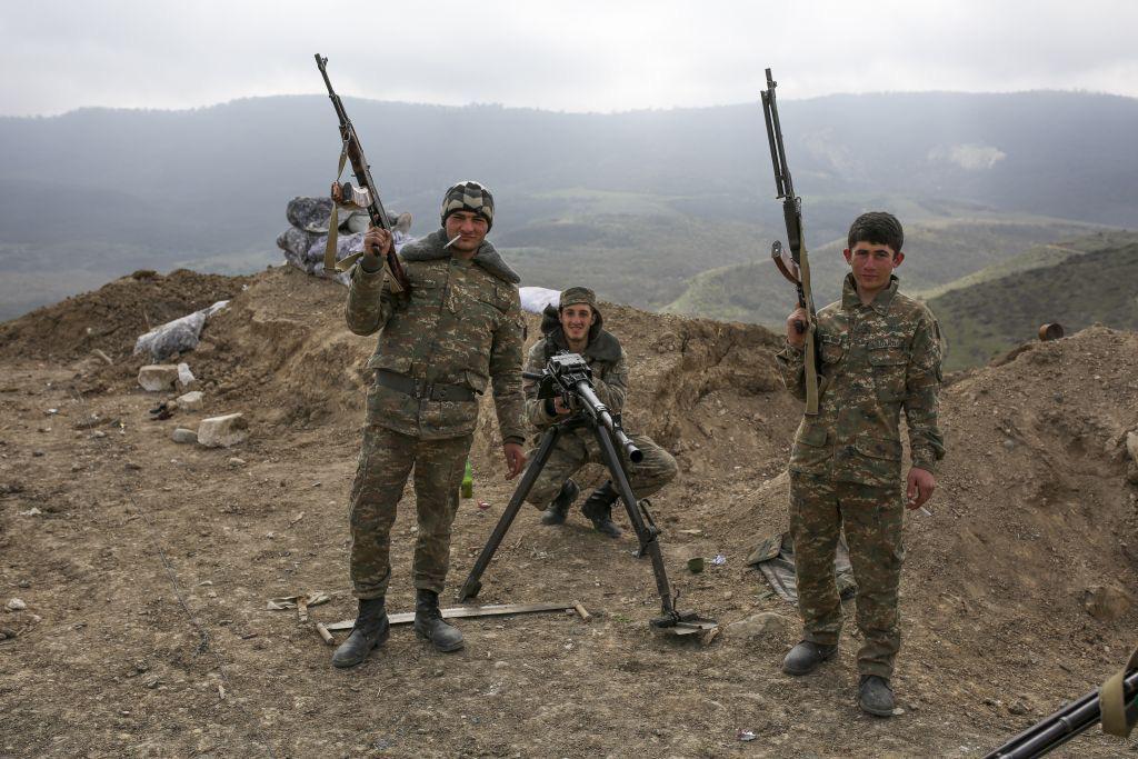 Nóng chiến sự: 1.280 binh sĩ Azerbaijan thiệt mạng, Armenia dọa giáng đòn tấn công chí mạng     - Ảnh 1.