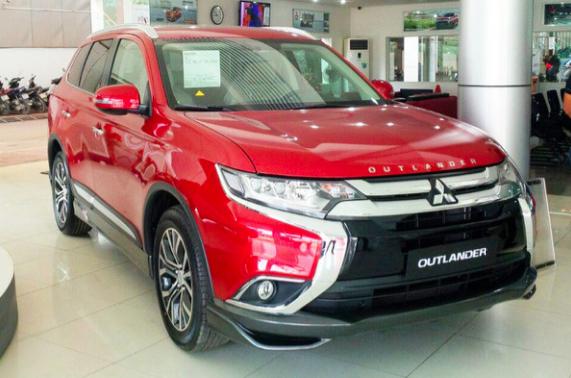 Tin xe (2/10): Mitsubishi Outlander khuyến mại khủng giảm gần 150 triệu đồng - Ảnh 1.