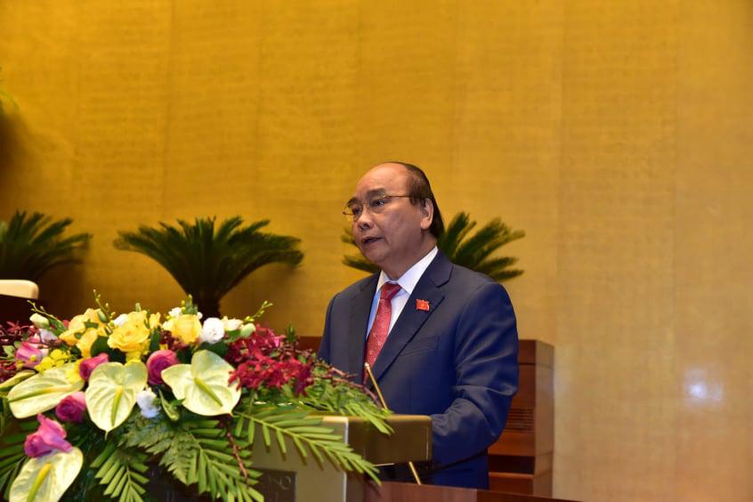Thủ tướng Nguyễn Xuân Phúc: Xuất khẩu gạo lên ngôi, nông nghiệp thể hiện vai trò trụ đỡ  - Ảnh 1.