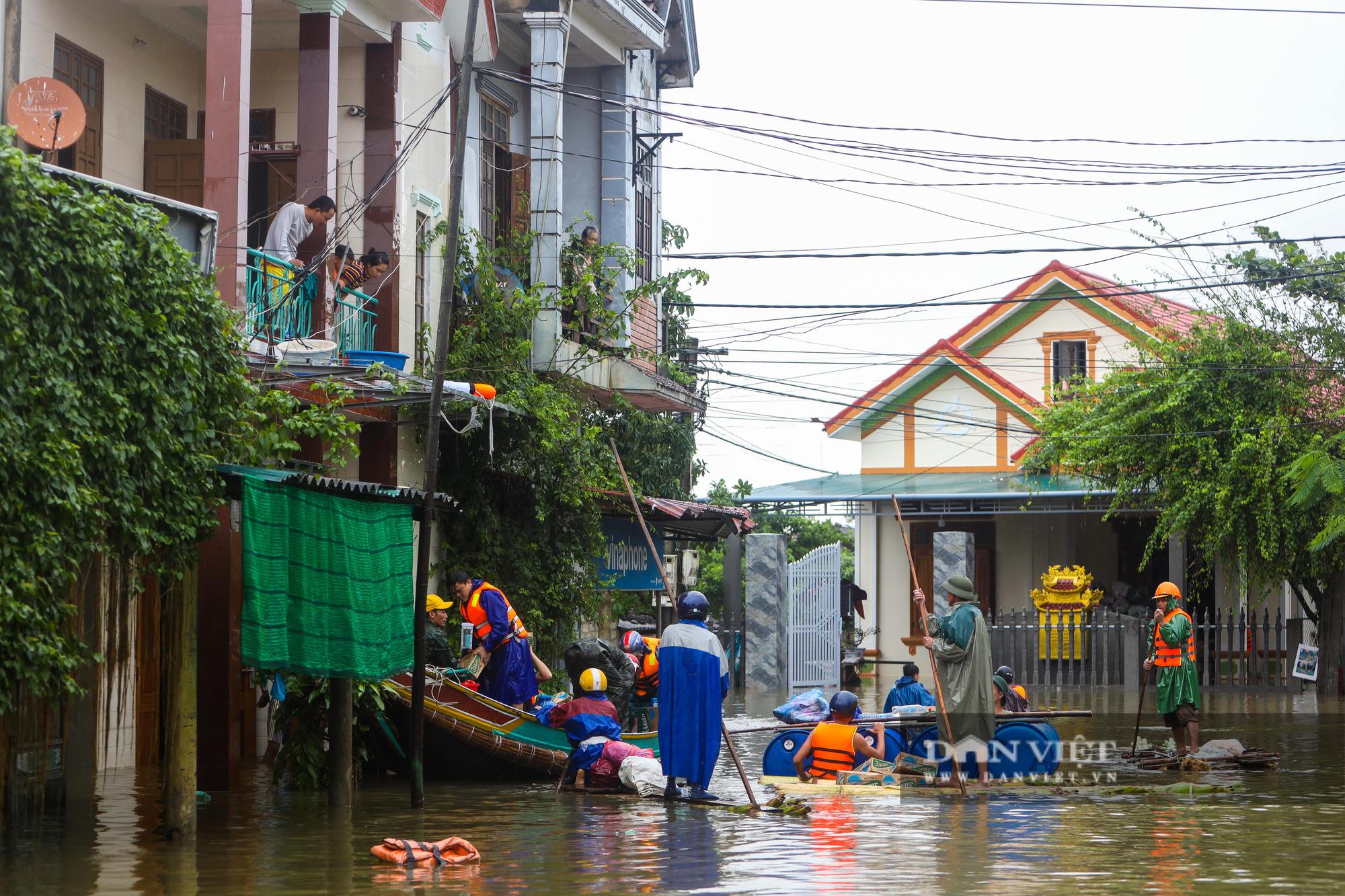 Cảnh vật vã sinh tồn mùa mưa lũ của người dân huyện Lệ Thủy - Ảnh 6.